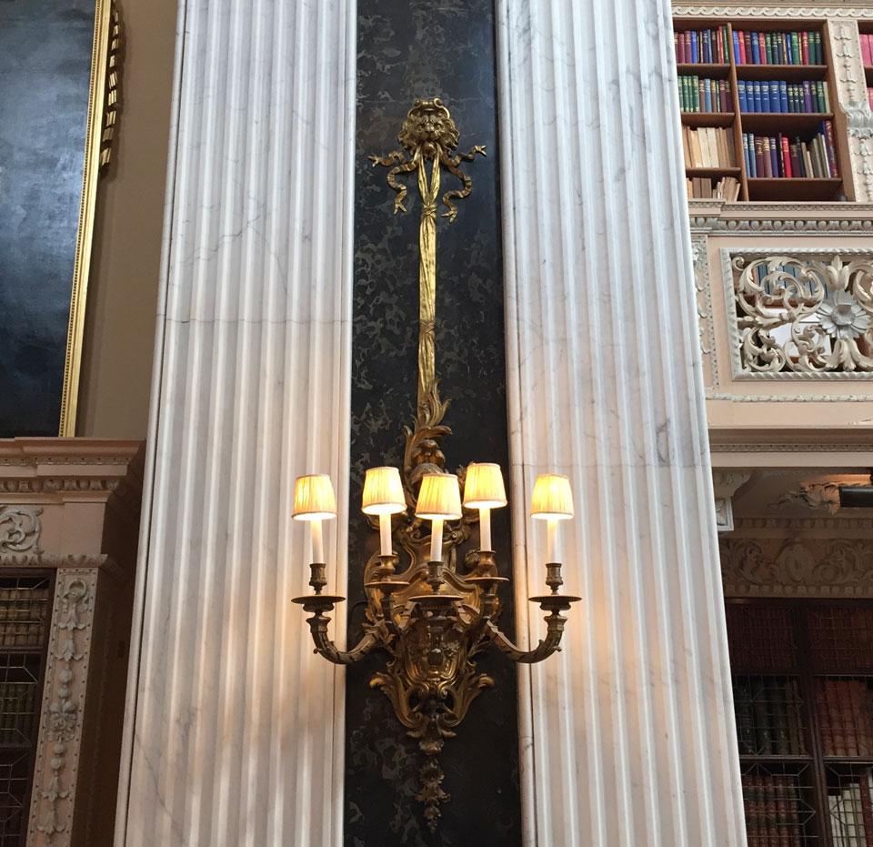 Wall lights surrounded by pillars